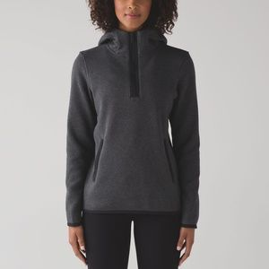 Lululemon Its Fleecing Cold Pullover - Size 6